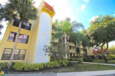 Boca Raton Condo/Townhouse For Sale: 23345 Carolwood Ln #306