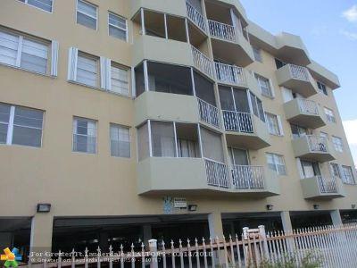 Miami Beach Condo/Townhouse For Sale: 1990 Marseille Dr #202