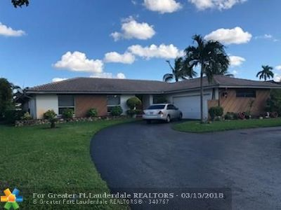 Coral Springs Single Family Home For Sale: 637 NW 100th Ln