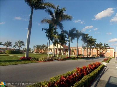 Boca Raton Condo/Townhouse For Sale: 3005 Hythe A #3005