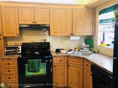 Coconut Creek Condo/Townhouse For Sale: 4699 Carambola Cir #4699