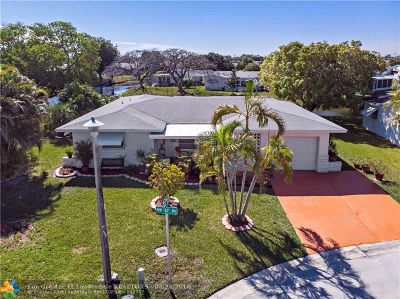 Margate Single Family Home For Sale: 6690 NW 16th St