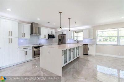 Broward County Single Family Home For Sale: 4745 NE 18th Ave