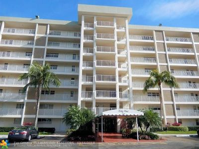 Pompano Beach FL Condo/Townhouse For Sale: $161,000