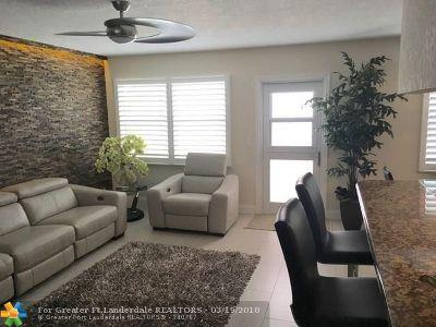 Deerfield Beach Condo/Townhouse For Sale: 4035 Ellesmere B #4035