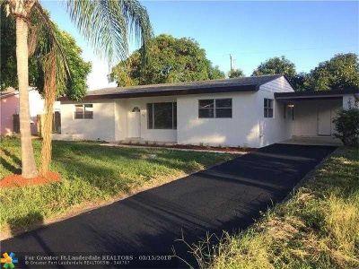 Boynton Beach Single Family Home For Sale: 164 SE 27th Ct