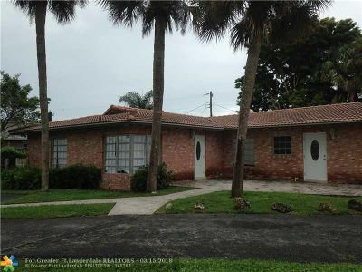Boca Raton FL Multi Family Home For Sale: $399,900