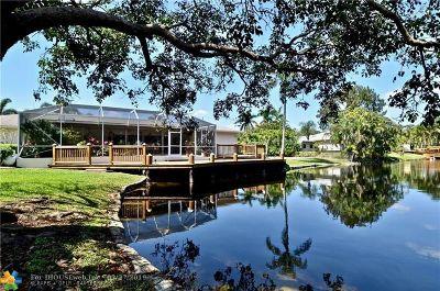Davie Single Family Home For Sale: 4020 S Hiatus Rd
