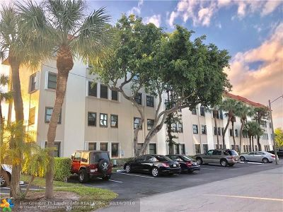 Fort Lauderdale Condo/Townhouse For Sale: 615 NE 12th Ave #103