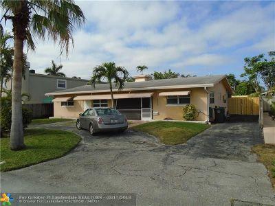 Oakland Park Multi Family Home For Sale: 4421 NE 19th Ter