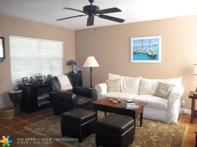 Lauderdale By The Sea Condo/Townhouse For Sale: 1481 S Ocean Blvd #239D