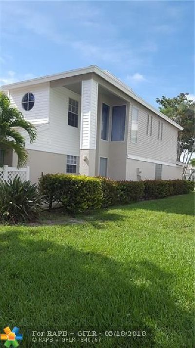 Boca Raton FL Condo/Townhouse For Sale: $330,000