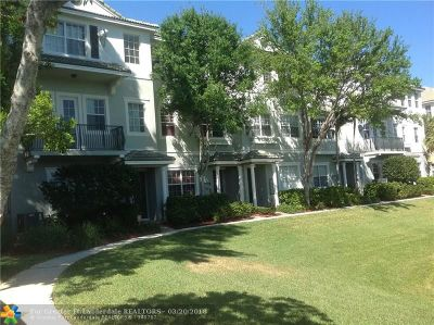 Boca Raton FL Condo/Townhouse For Sale: $329,000