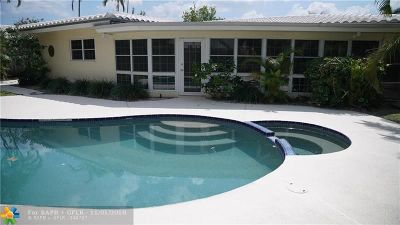 Pompano Beach Single Family Home For Sale: 581 SE 11th St