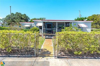 Pompano Beach Single Family Home For Sale: 1741 NE 50th St