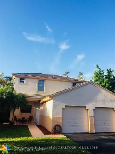 Pembroke Pines Single Family Home For Sale: 20766 NW 1st Ct