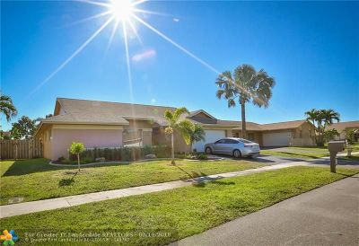 Sunrise Single Family Home For Sale: 3180 NW 94th Way