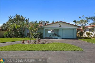 Pompano Beach Single Family Home For Sale: 2620 SE 1st Ct