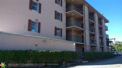 Lauderdale Lakes Condo/Townhouse For Sale: 3099 NW 48th Ave #158