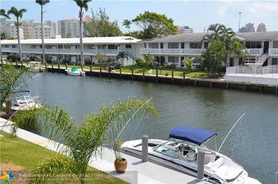 Fort Lauderdale Condo/Townhouse For Sale: 2808 NE 33rd Ct #204