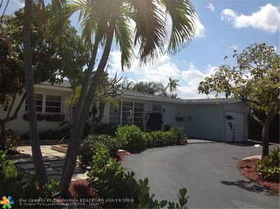 Pompano Beach Single Family Home For Sale: 140 SE 11th St
