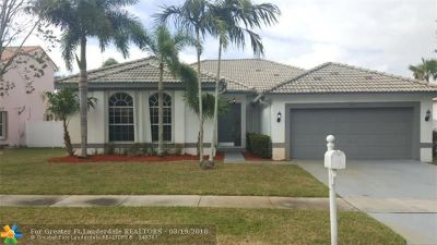 Broward County Single Family Home For Sale: 592 SW 179th Ave