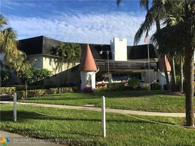 Lauderhill Condo/Townhouse For Sale: 4801 NW 22nd Ct #102