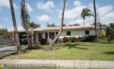 Pompano Beach Single Family Home For Sale: 247 SW 14th St