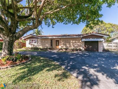 Broward County Single Family Home For Sale: 4731 NE 19th Ave