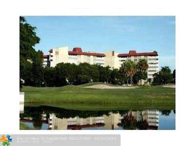 Lauderhill Condo/Townhouse For Sale: 7001 Environ Blvd #605