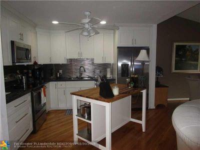 Boca Raton FL Rental For Rent: $2,250
