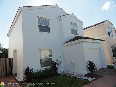 Margate Single Family Home For Sale: 3380 Orinoco Ln