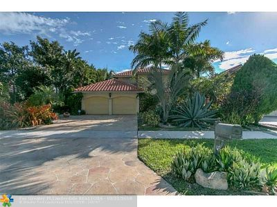 Broward County Single Family Home For Sale: 376 NW 37th Way