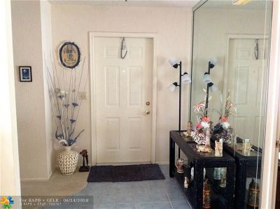 Boca Raton Condo/Townhouse For Sale: 23296 SW 58 #B