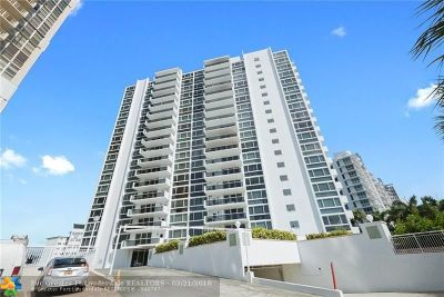 Broward County Condo/Townhouse For Sale: 2715 N Ocean Blvd #4A