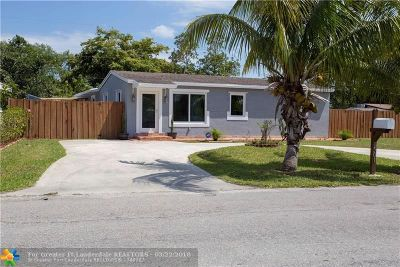Broward County Single Family Home For Sale: 1501 N 71st Ave