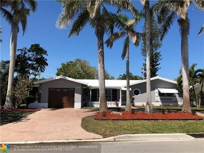 Deerfield Beach Single Family Home For Sale: 1211 SE 7th Ct