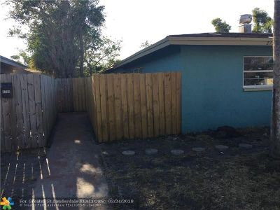 Lauderhill Multi Family Home For Sale: 2731 NW 58th Ter