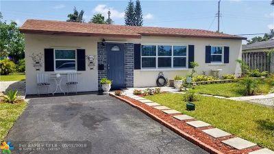 Oakland Park Single Family Home For Sale: 651 NE 59th St