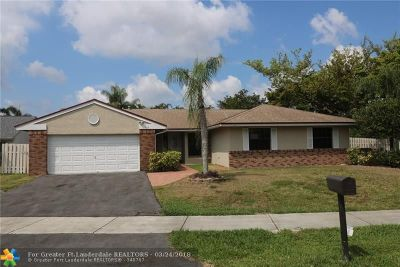 Broward County Single Family Home For Sale: 1301 White Stone Way