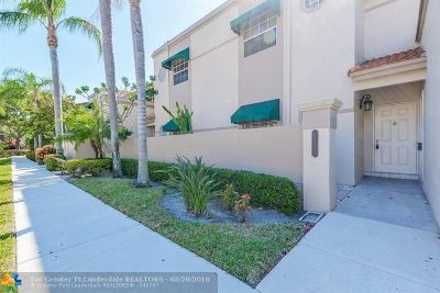 Boca Raton Condo/Townhouse For Sale: 6731 Via Regina #6731