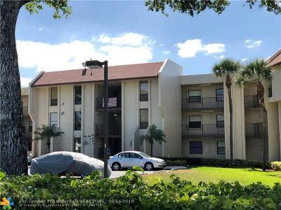 Tamarac Condo/Townhouse For Sale: 6401 N University Dr #308