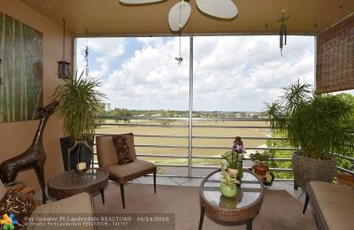 Pompano Beach Condo/Townhouse For Sale: 3080 N Course Dr #607