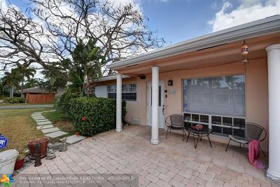 Oakland Park Single Family Home For Sale: 1610 NE 43rd St
