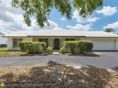 Plantation Single Family Home For Sale: 7460 SW 20th St
