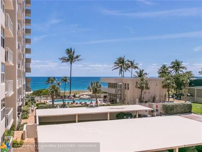 Lauderdale By The Sea Condo/Townhouse For Sale: 5200 N Ocean Blvd #309
