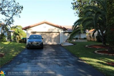 Coral Springs Single Family Home For Sale: 1047 NW 87th Ave