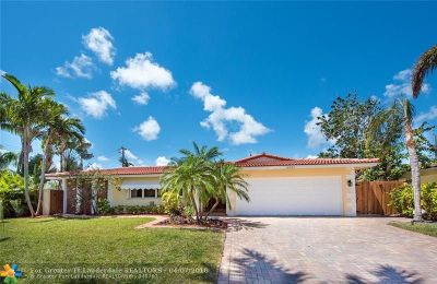 Oakland Park Single Family Home For Sale: 3321 NE 17th Way