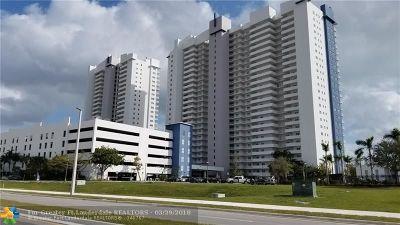 North Miami Condo/Townhouse For Sale: 15051 Royal Oaks Ln #1406