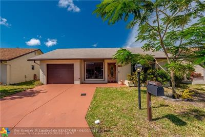Deerfield Beach Single Family Home For Sale: 2015 SW 16th Pl
